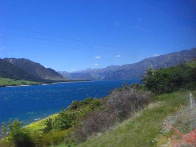 Lake_Hawea_Pic_1.jpg