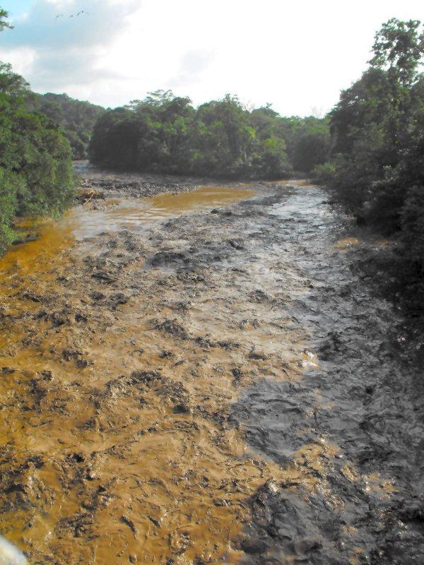 SARAPIQUI RIVER, EARTHQUAKE 2009 upriver flooding 02