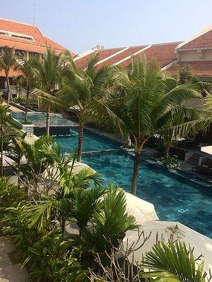 1_14253301..-hotel-pool.jpg