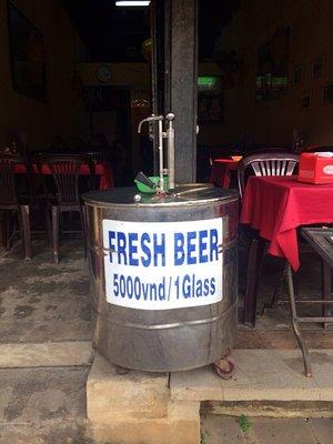 1_14253301..ses-of-beer.jpg