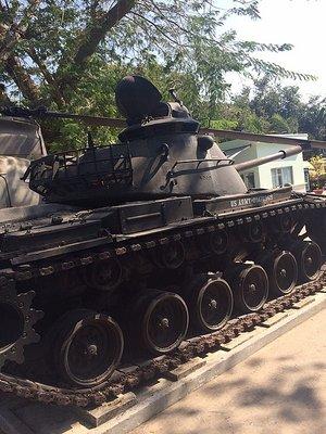 1_1425489263_army-tanks.jpg