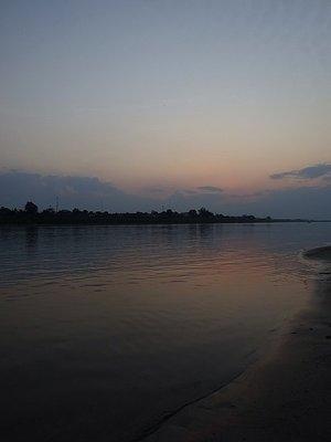 1_14255101..more-sunset.jpg
