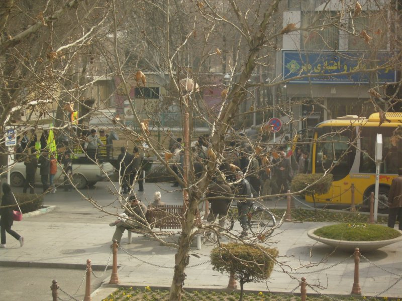 182 Iran Isfahan - The end off the light festival with anti amercan and isreal marches