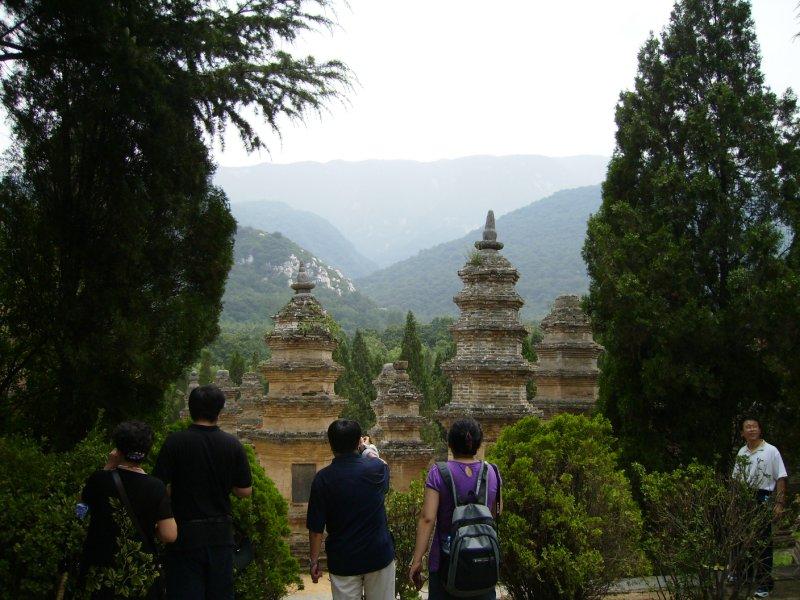 681 China Luoyang - Shaolin Pagodas