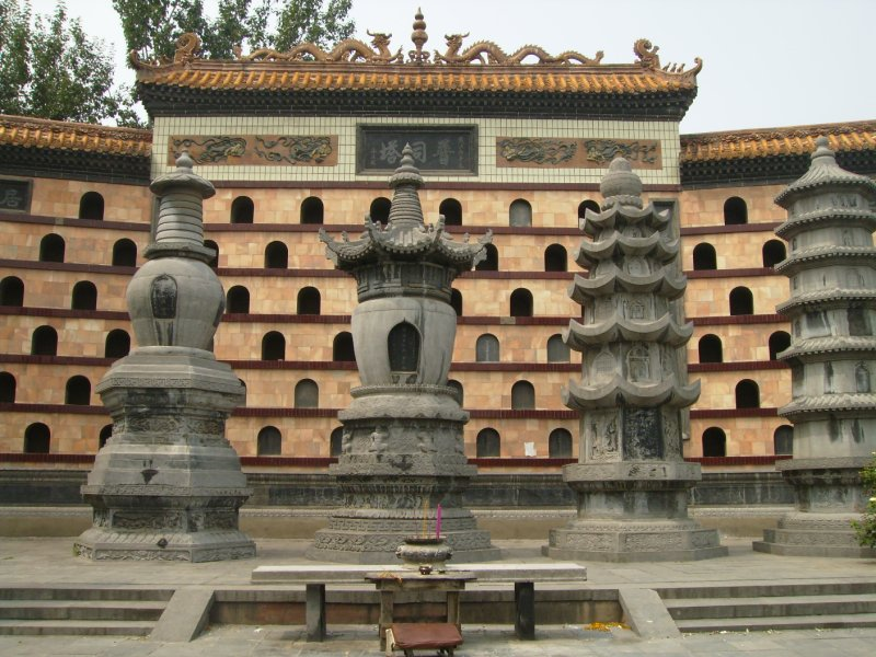 694 China Luoyang - White horse temple