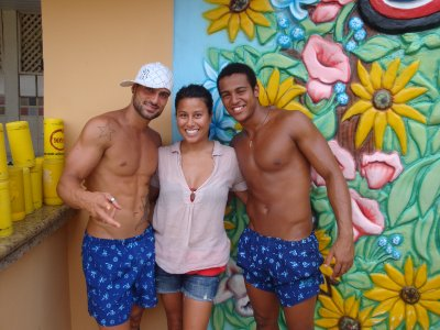 Me with 2 of the Axé Moi Dancers