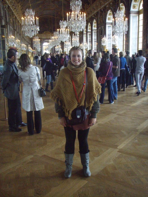 France - Ren in the Hall of Mirrors