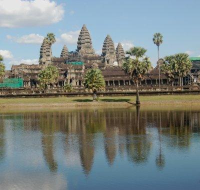 Angkor_reflection.jpg