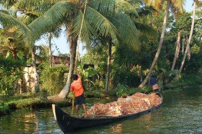 Brick_boat_backwaters.jpg