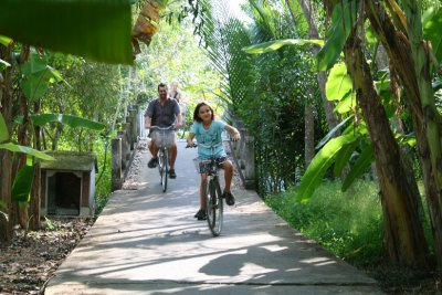Homestay_cycling.jpg