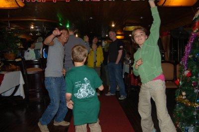 NY_eve_dancing.jpg