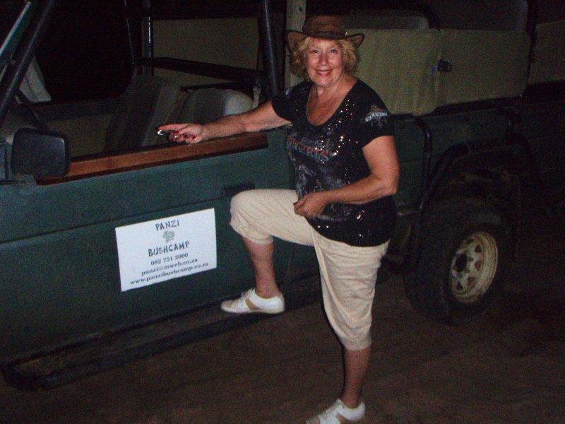 Panzi Bush Camp gamedrive vehicle