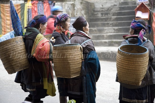 Mohnk Vendors in Sapa