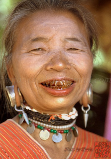 Hilltribe Lady - Mae Hong Son