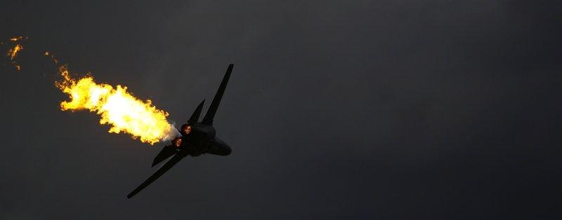 "General Dynamics F111 - ""Dump & Burn"""