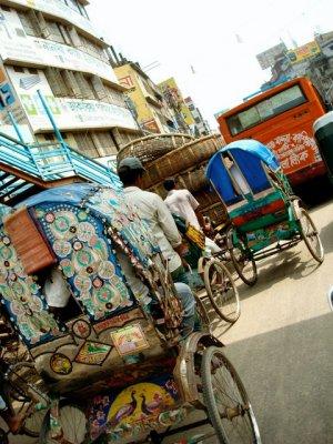 Dhaka_streets.jpg