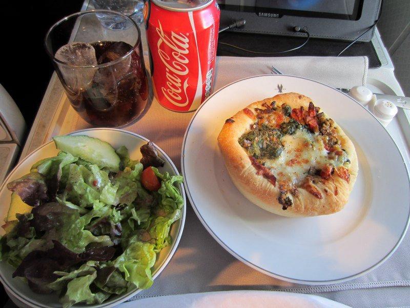 large_06_03_Pizza.jpg