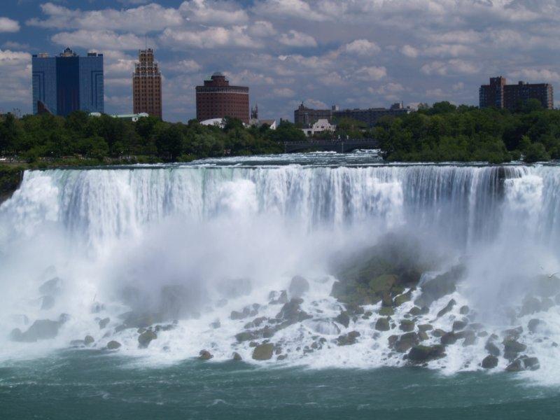 Niagara skyline