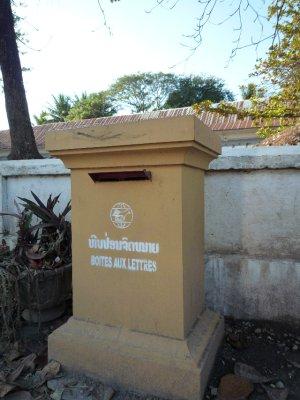 677 Postbox