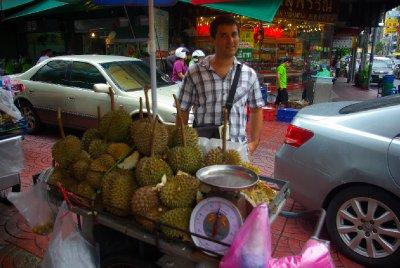 Durian - silne pachnouci, ale sladke ovoce