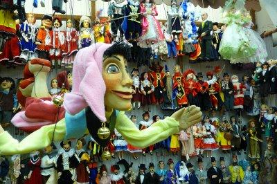 Puppets_in_prague.jpg