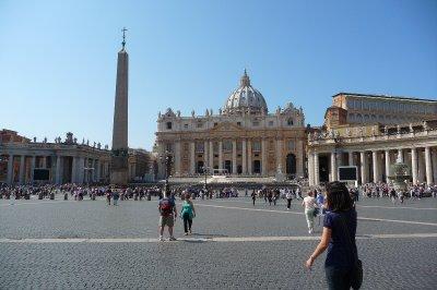 St__Peter_s_Basilica.jpg