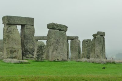 Stonehenge_up_close.jpg