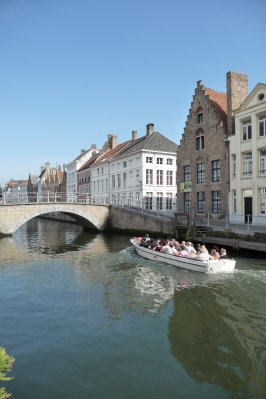 how_cute_is_bruges_.jpg