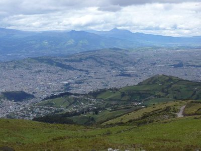 1003_Quito_birdview.jpg