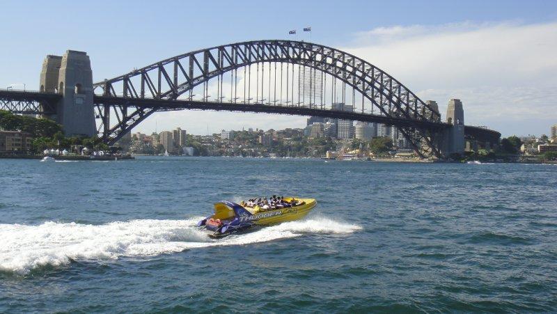Sydney Harbour Bridge01