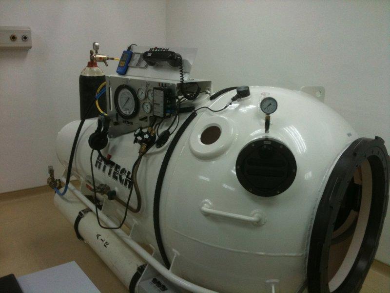 Decompression Chamber01