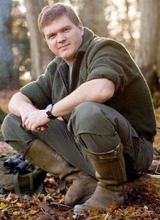 225px-Ray_Mears.jpg