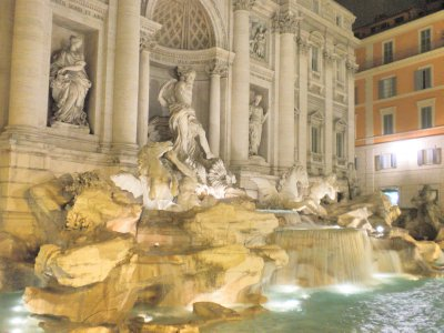 Trevi_fountain_3.jpg
