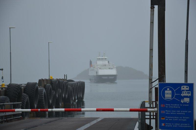 Ferry ariving to Fiskebøl
