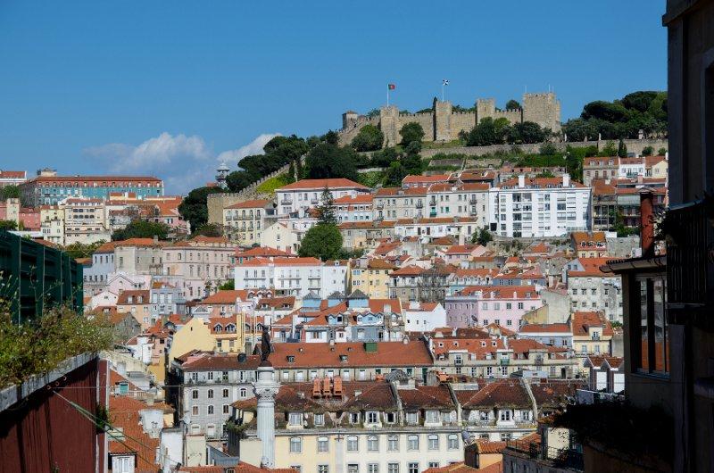 Castle of São Jorge overlooking the historical centre of Lisbon