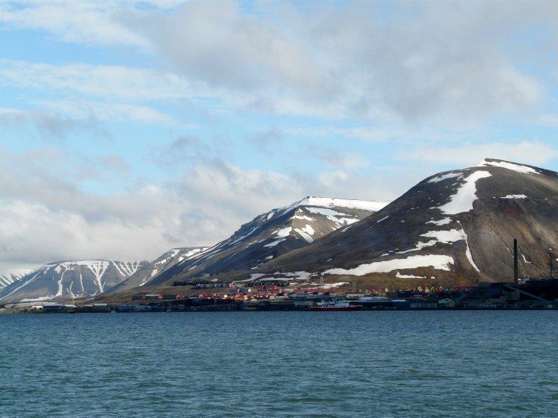 Longyearbyen from Langöysund