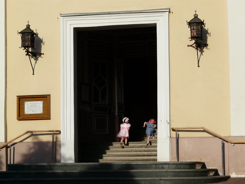Young church visitors, Vilnius