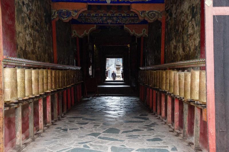 Prayer wheels, Sakya monastery