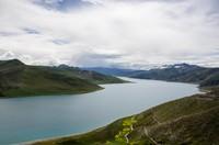 Yamdrok lake view from Kamba la pass (4700m)