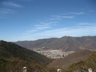 Approaching_La_Paz.jpg