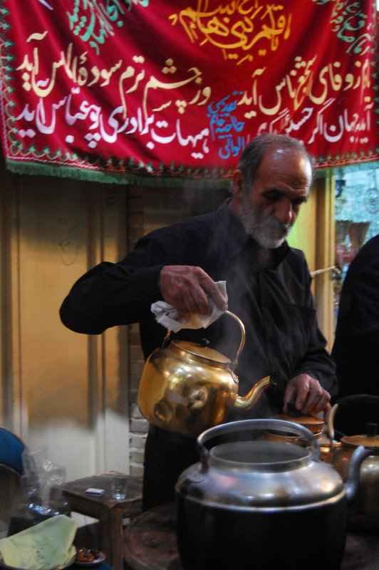 Chai being served at the bazaar