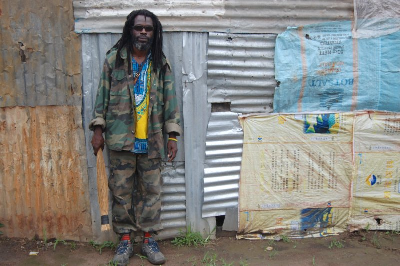 A local artist in Kanyama compound