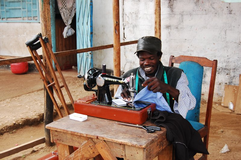 Tailoring by the roadside