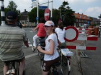 Waiting for a green light at a cycle crossing, Voorschoten
