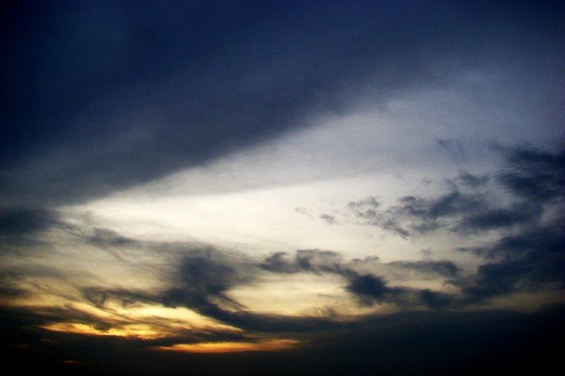 sky above ayutthaya's temples