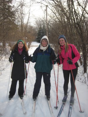 Cross country skiing with danice and meli