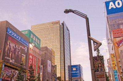 Tokyo_stre..-14-09_.jpg