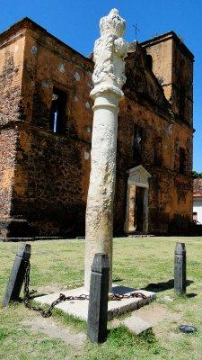 Alcantara's whipping pole