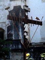 Cross-outside-San-Francisco-el-Grande-Church
