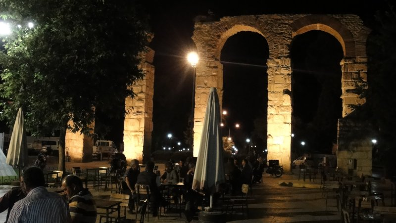large_Aquaduct_i.._Turkey.jpg
